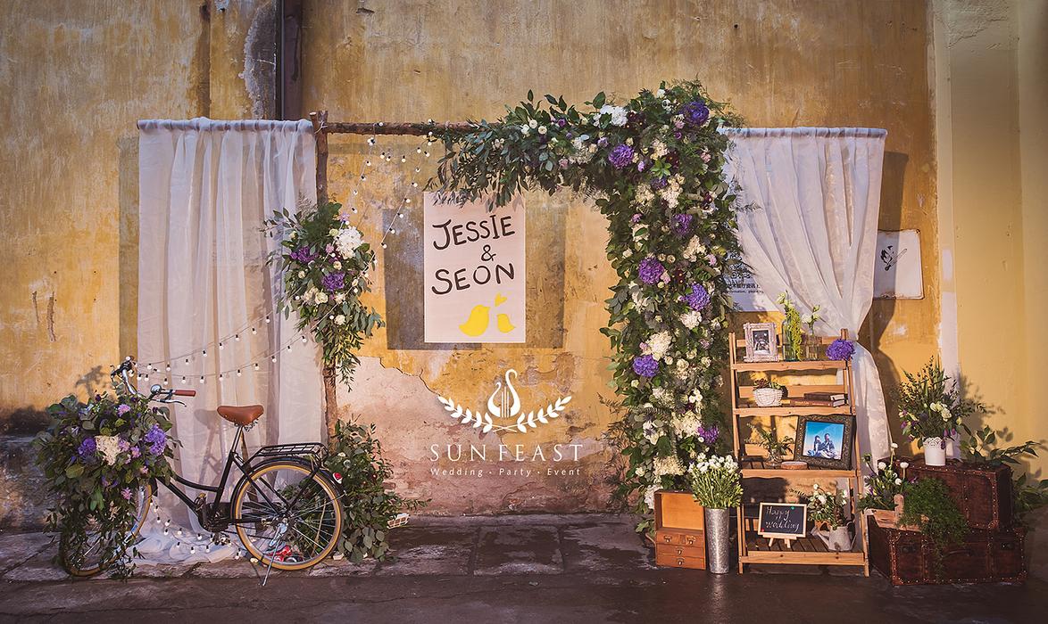 迎宾区鲜花拱门背景墙小清新森系婚礼