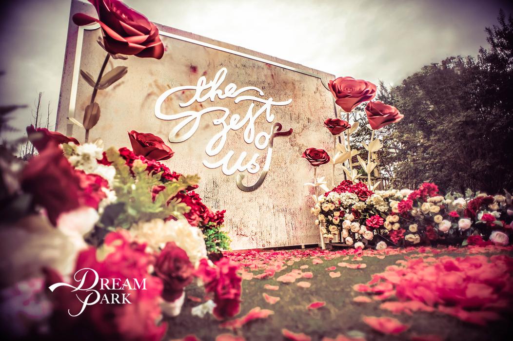 迎宾区油画风婚礼 甜品桌纸花背景墙  甜品桌纸花背景墙 欧式婚礼复古